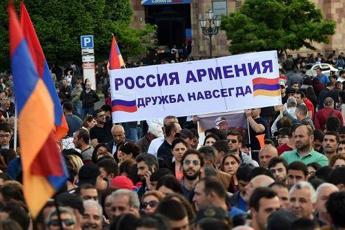 Большинство жителей Армении назвали Россию союзником