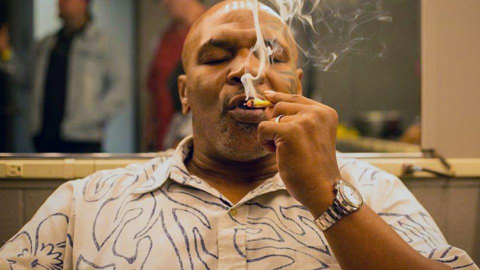 Тайсон признался в курении марихуаны перед боем с Джонсом