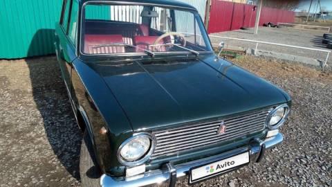Ранний ВАЗ-2101 продают за 3,5 млн рублей