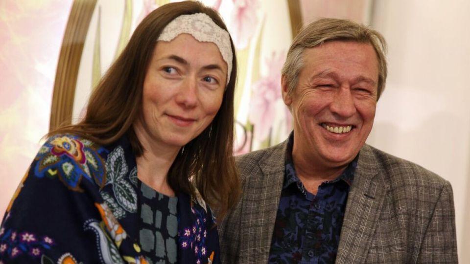 Адвокат Ефремова не подтвердил сообщения о его разводе