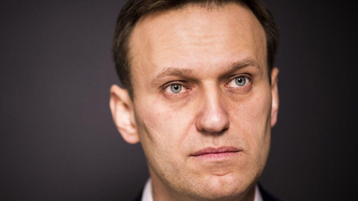 Суд принял иск Навального к Пескову