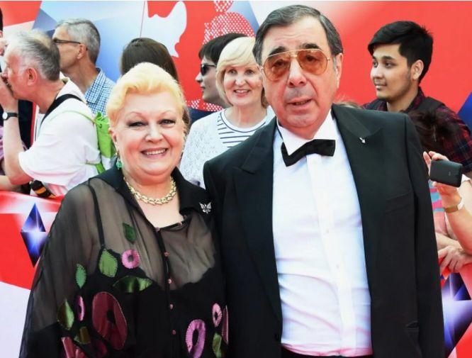 Вчера: Стала известна ещё одна афера Дрожжиной и её мужа с квартирой дочери Баталова