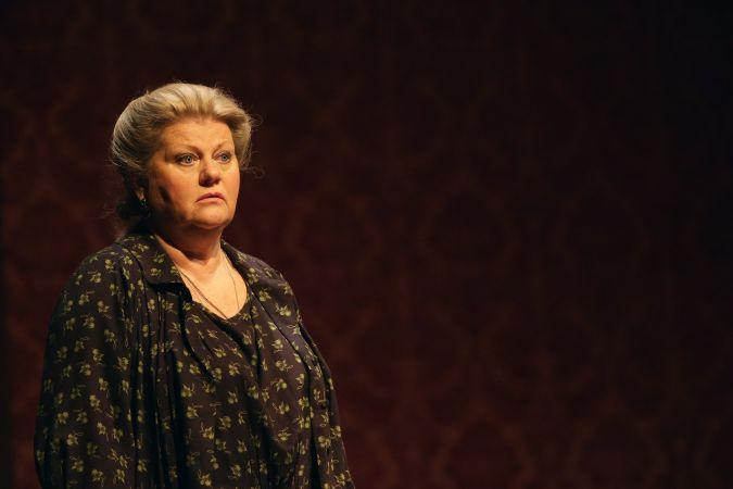Вчера: Ирина Муравьева впала в истерику после выхода на сцену в Малом театре