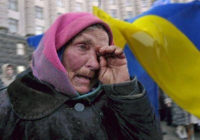 Экс-депутат Рады опубликовал видео с раздачей еды пенсионерам на Украине