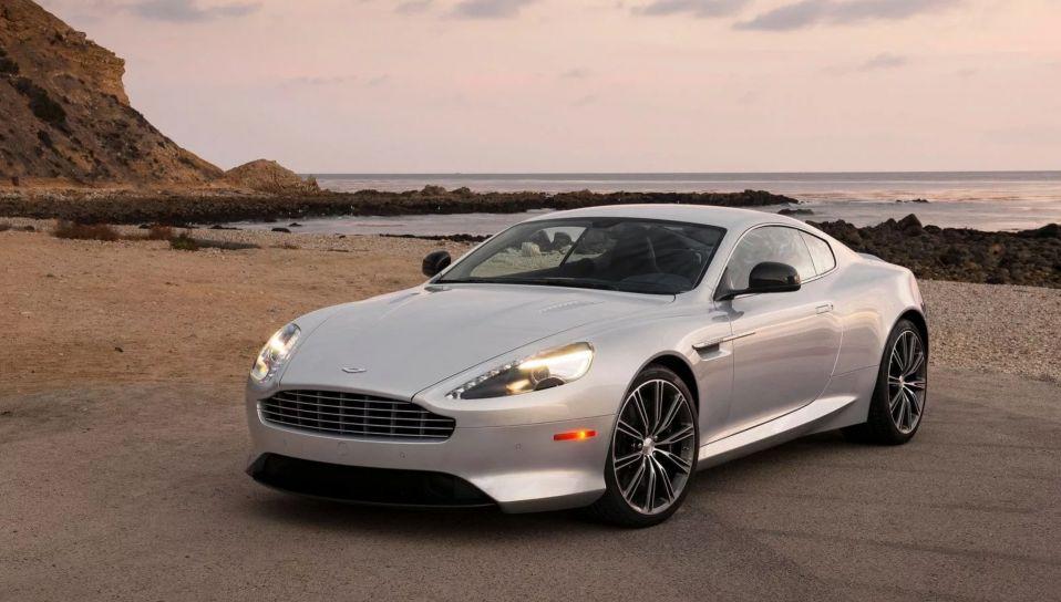 Владелица Aston Martin хотела отсудить деньги за ремонт, но ее обязали еще и доплатить