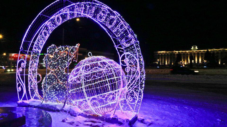 На площади Сахарова в Барнауле поставят светящийся герб города