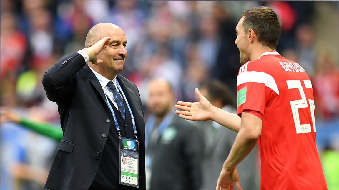 Черчесов рассказал, кто заменит Дзюбу в сборной России в ближайших матчах