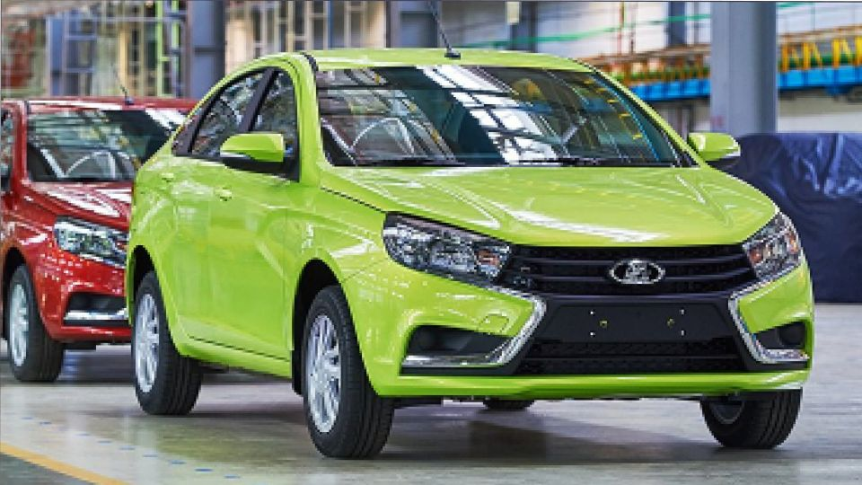 АвтоВАЗ планирует повысить цены на автомобили LADA с 18 ноября 2020 года