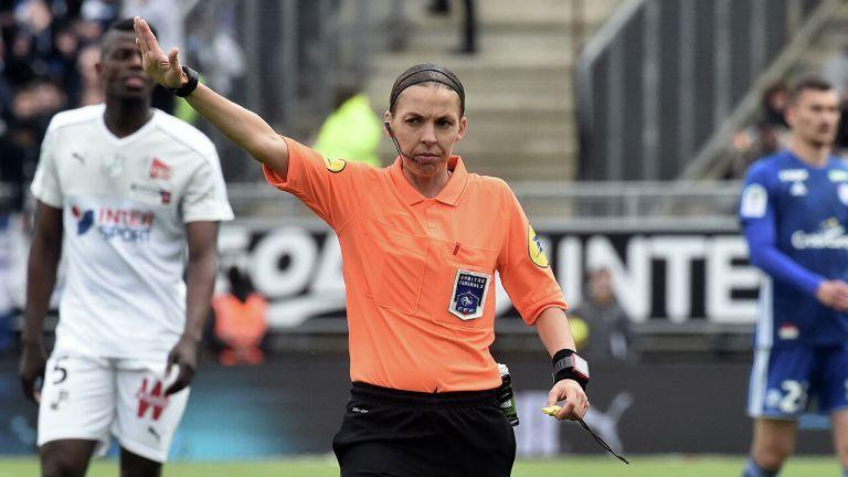 Впервые в истории женщина назначена главным арбитром на матч Лиги чемпионов