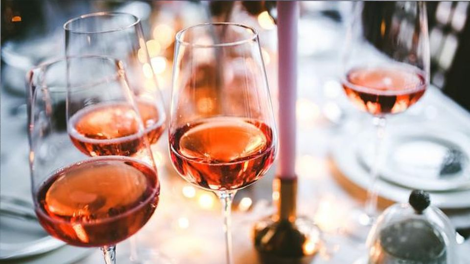 В Новый год в России могут запретить продажу спиртных напитков