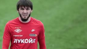 Футболист Спартака Мирзов последовал примеру Нурмагомедова