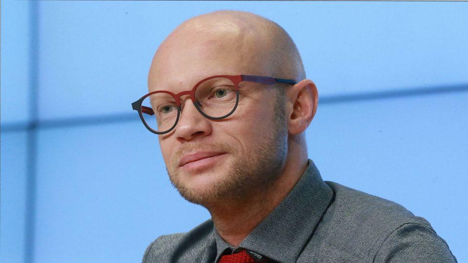 Дмитрий Хрусталев вышел в эфир «Вечернего Урганта» после госпитализации