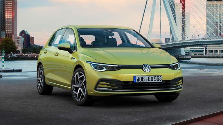 Volkswagen рассекретил комплектации нового Golf для России