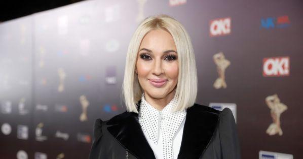 Лера Кудрявцева отказалась приближаться к артистам на вручении премии