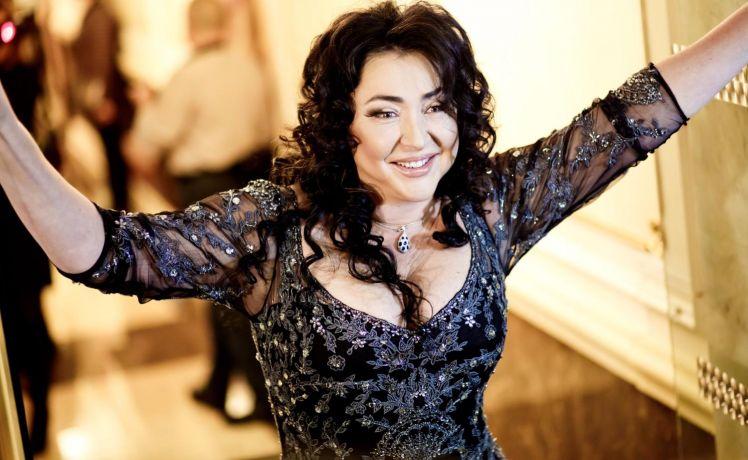 Певице Милявской отказали в выплате страховки после потопа в болгарской квартире