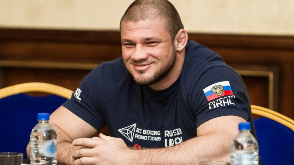 Иван Штырков заявил, что не будет переходить в UFC