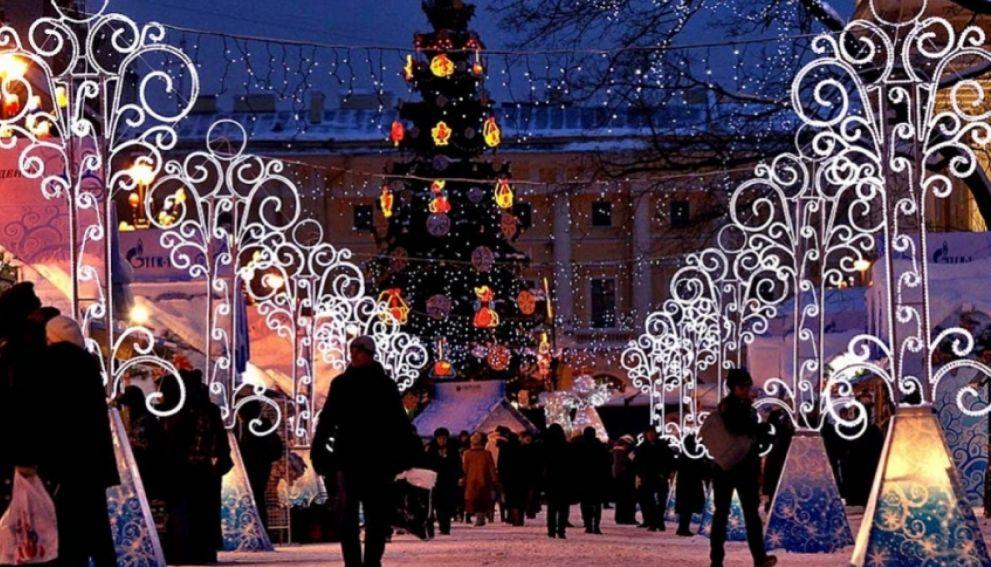 Рождественская ярмарка на Манежной площади пройдет в этом году скромнее обычного