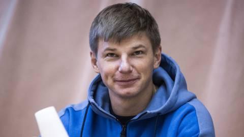 Аршавин хочет уйти с телевидения из-за работы в «Зените»
