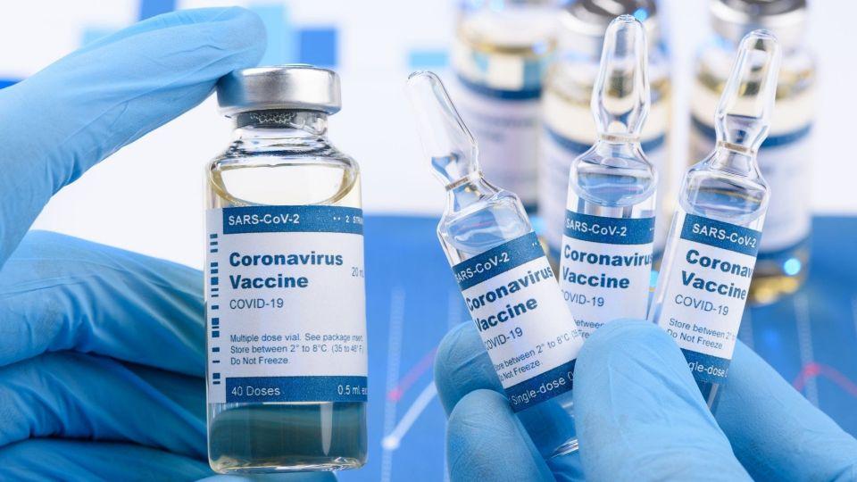 """Венгрия рассчитывает получить малые партии вакцины """"Спутник V"""" в декабре"""