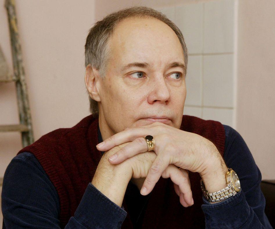 Вчера: После гибели дочери актер Владимир Конкин публично отрекся от сына
