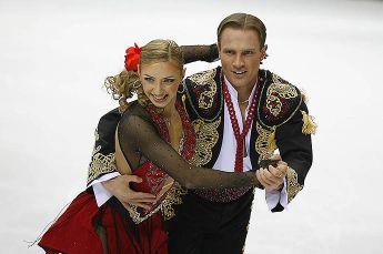 Татьяна Навка опубликовала архивное видео с Романом Костомаровым с Олимпиады в Турине