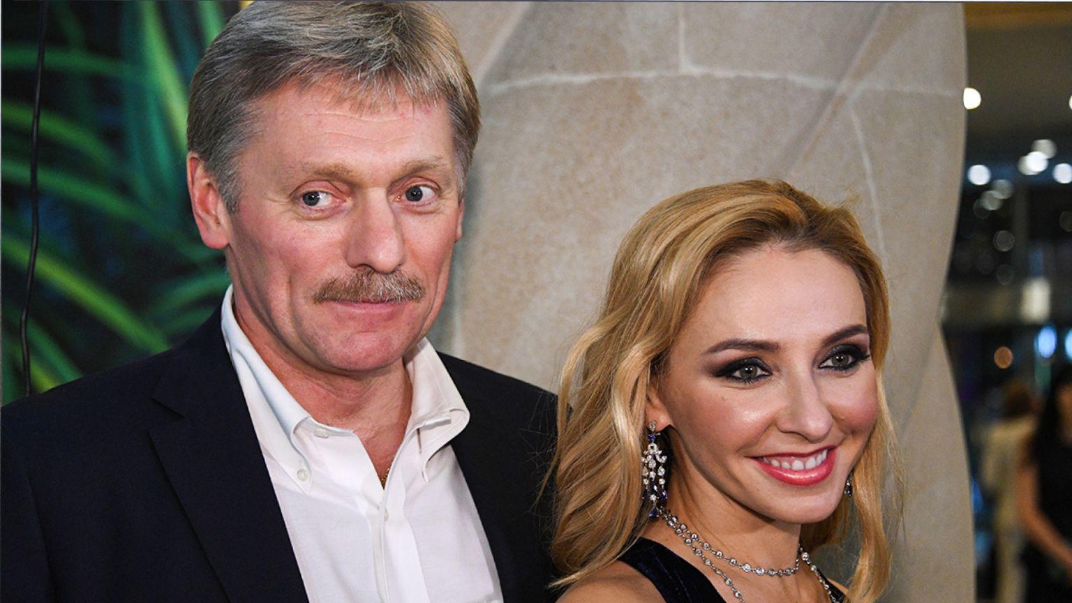 Дмитрий Песков и Татьяна Навка привели на ГУМ-каток дочь