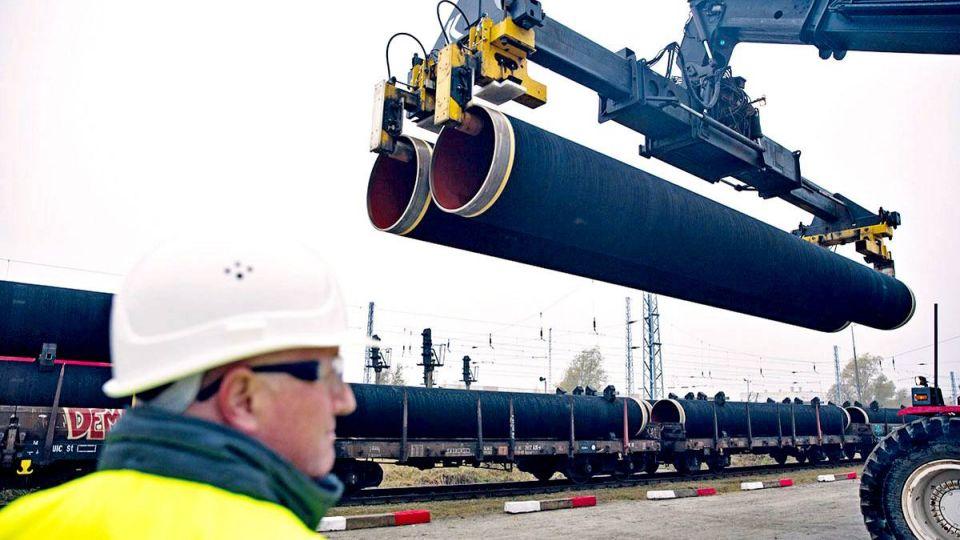 """В Германии назвали неприемлемыми угрозы санкций США из-за """"Северного потока-2"""""""
