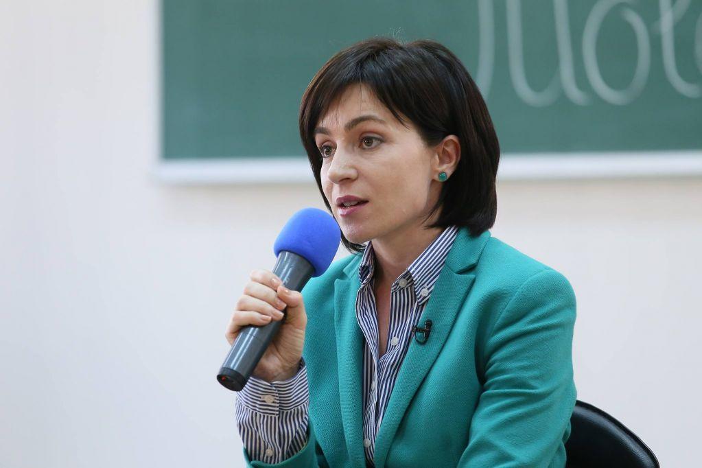 """Санду назвала """"нечестным"""" долг Молдавии за газ перед Россией"""