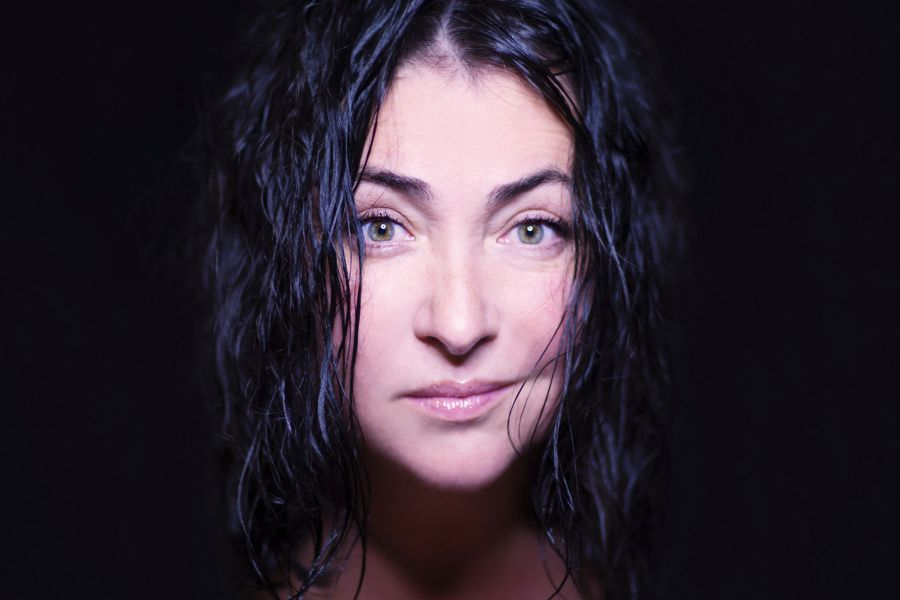 Певица Лолита пожаловалась на проблемы артистов из-за коронавируса