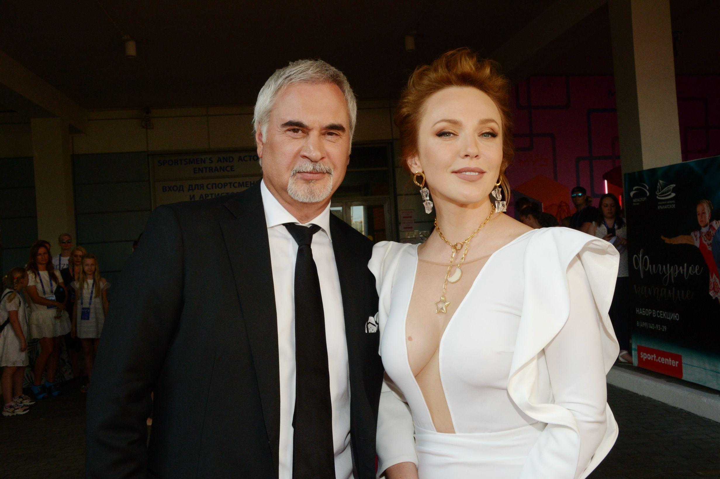 Валерий Меладзе публично признался, что восемь лет изменял жене