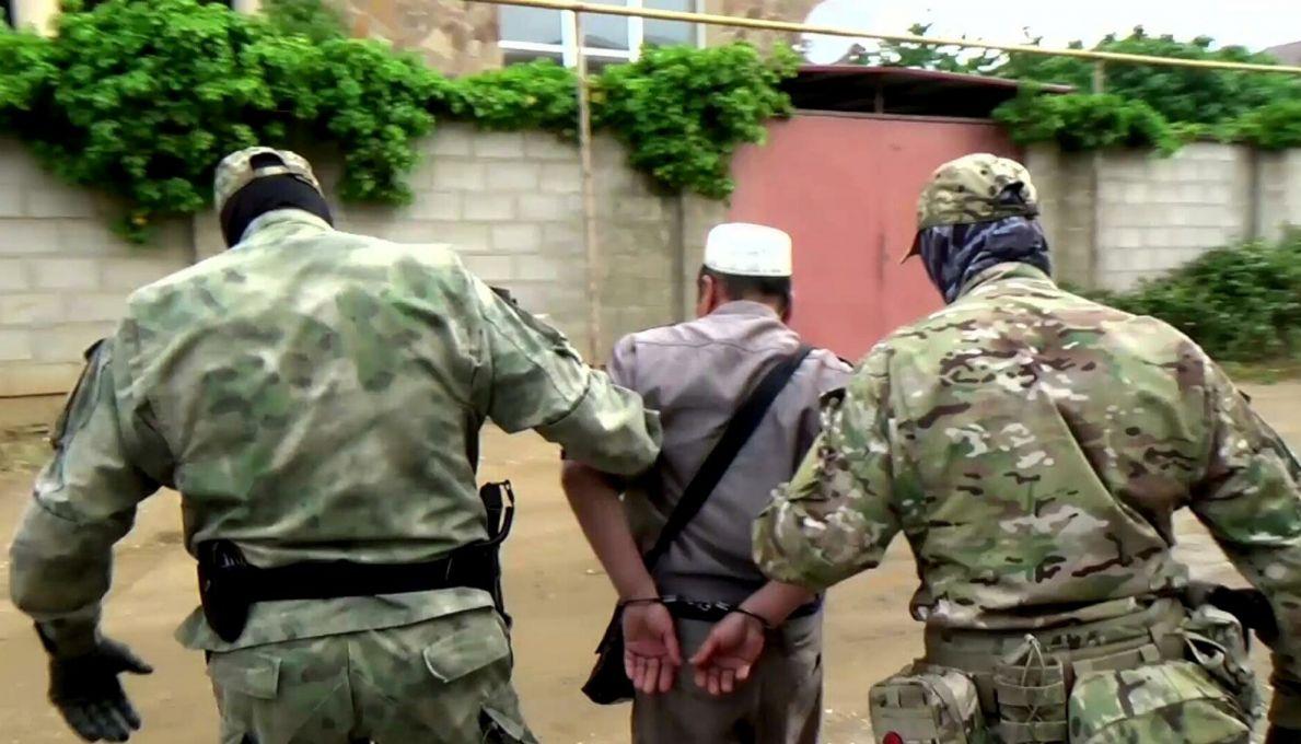 Суд арестовал двух задержанных членов банды Басаева и Хаттаба