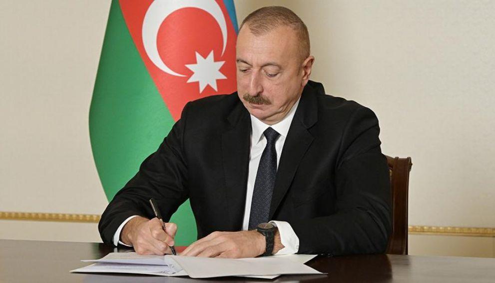 Помощник Алиева назвал неуместными слова посла Азербайджана о крушении Ми-24