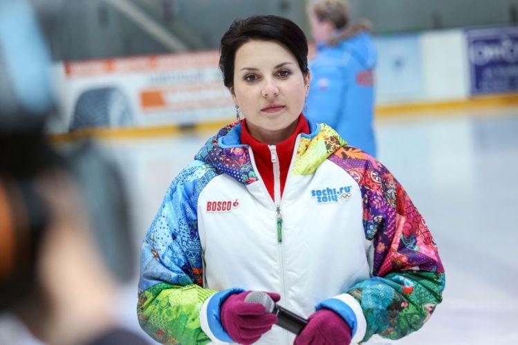 Ирина Слуцкая сломала ногу и пропустит встречу с Санта-Клаусом
