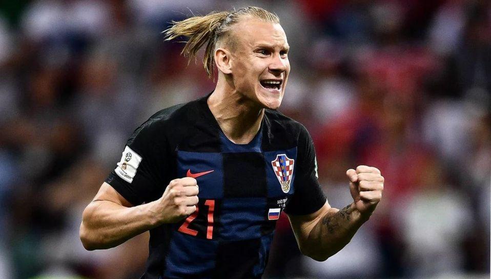 Футболиста сборной Хорватии заменили во время матча из-за инфицирования коронавирусом