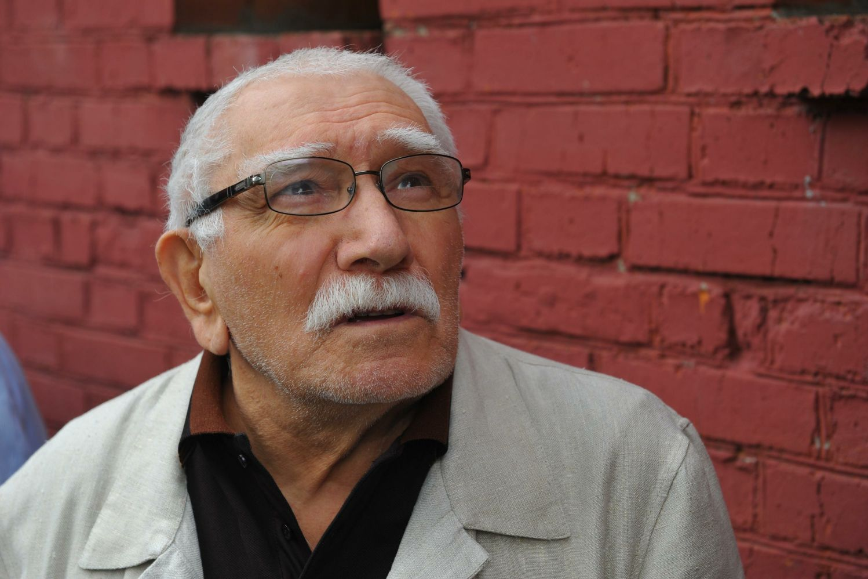 Армен Джигарханян перед смертью обратился к жене с признанием