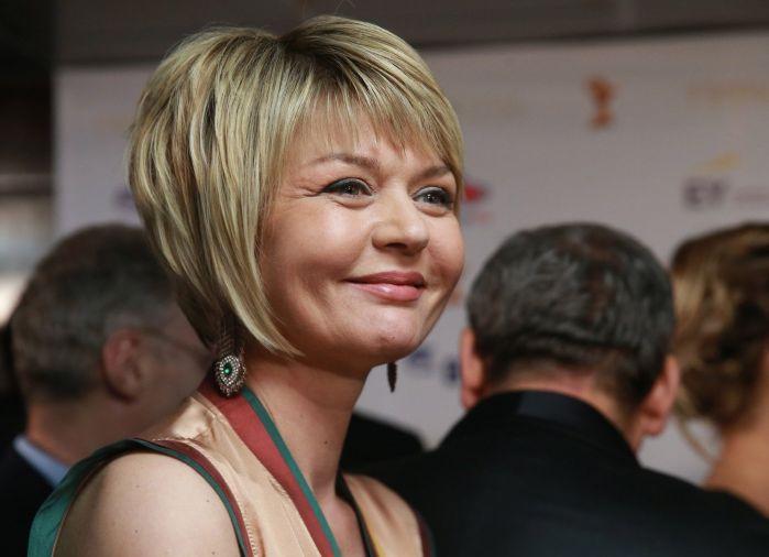 Женщинам за 50 Юлия Меньшова посоветовала чаще обнажаться