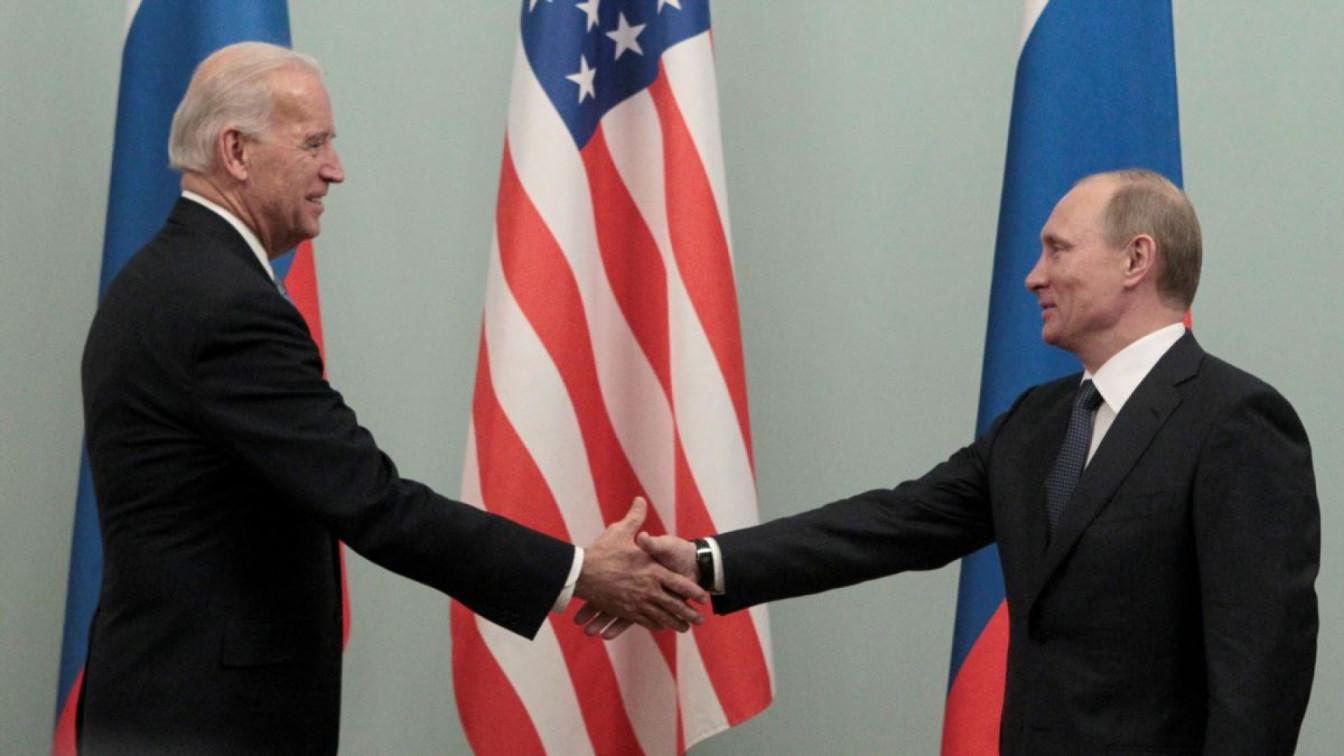 В Кремле объяснили, почему Путин еще не поздравил Байдена с победой