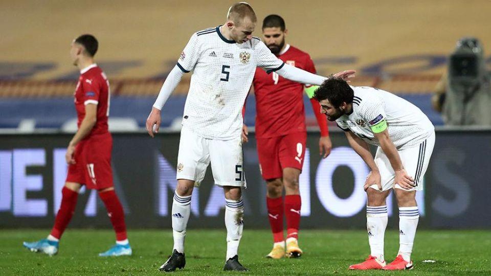 Губерниев назвал игроков сборной России бездарными