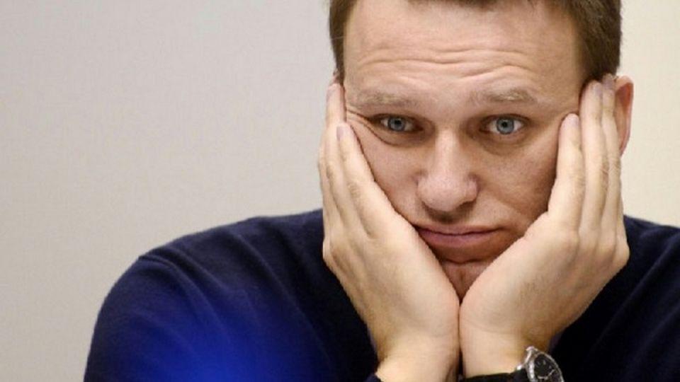 Суд отказался рассматривать иск Навального к Пескову