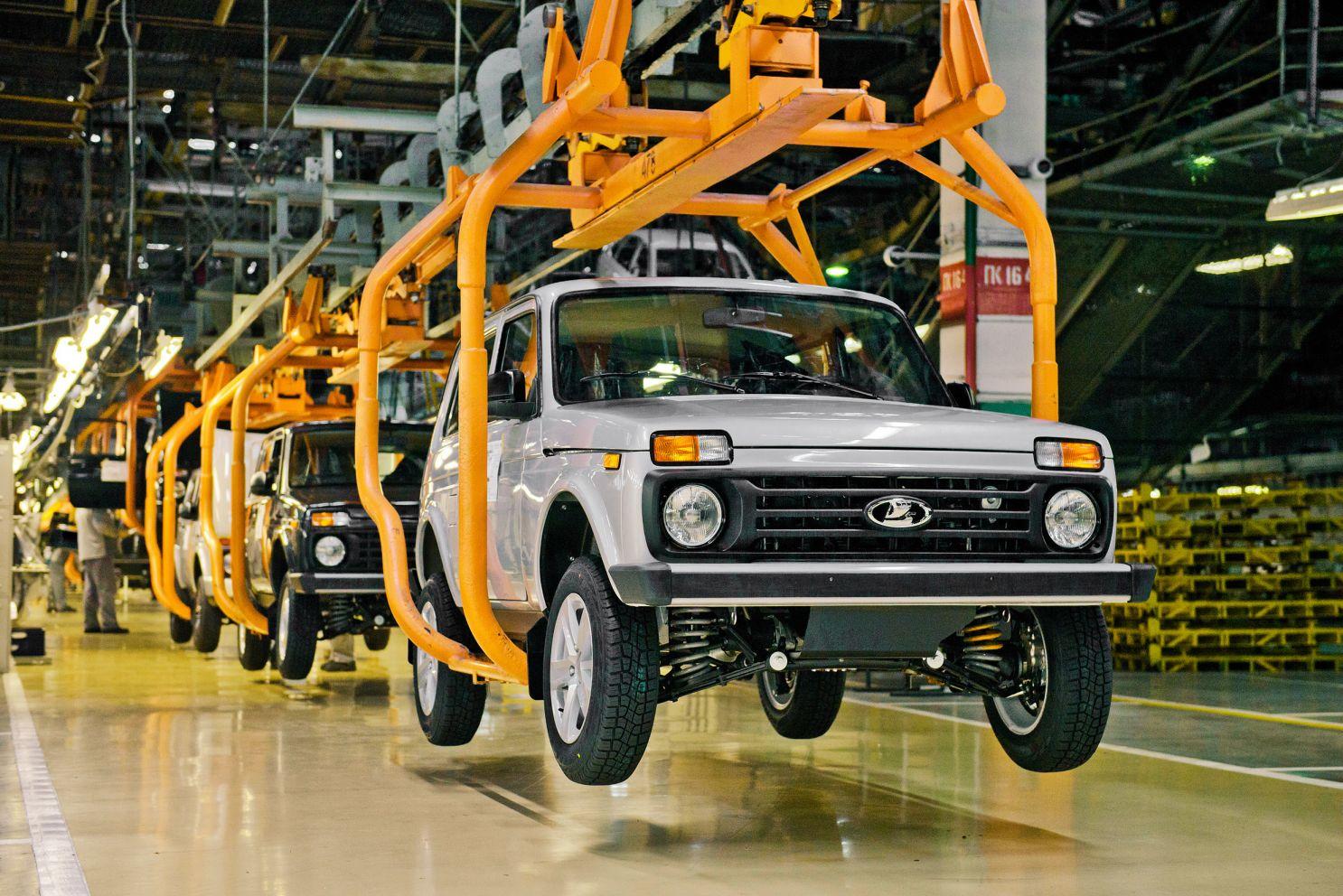 АвтоВАЗ может представить три новые Lada в 2021 году