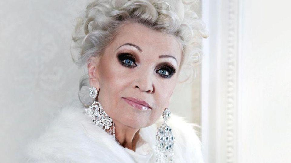 Актрису Светличную госпитализировали с инсультом