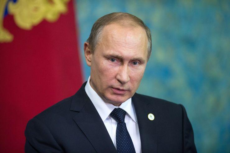 Путин назвал сложной ситуацию с наркотиками в России