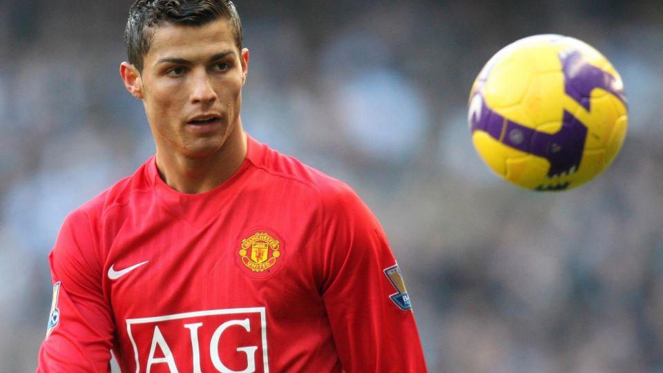 «Манчестер Юнайтед» предложил Криштиану Роналду вернуться. «Ювентус» готов к переговорам