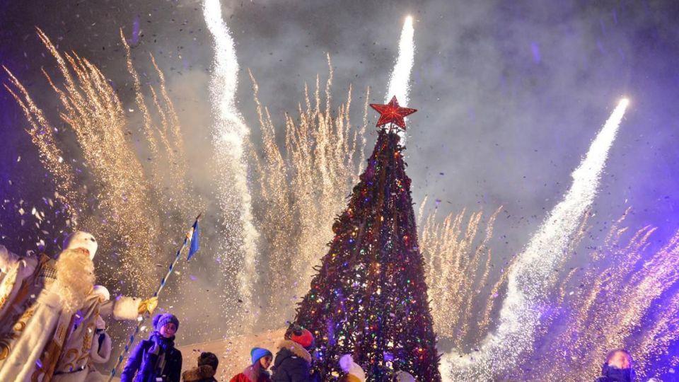 Жители Ставрополья проголосовали за проведение новогодних ёлок
