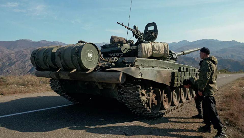 Российские миротворцы развернули в Карабахе 10 постов и вошли в Степанакерт