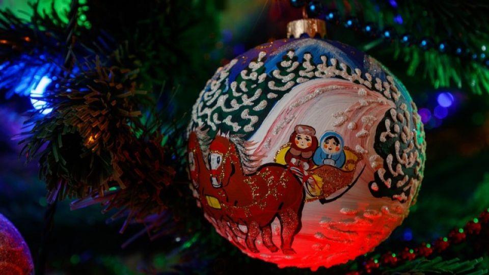 В Коми отменили новогоднюю елку главы региона из-за пандемии