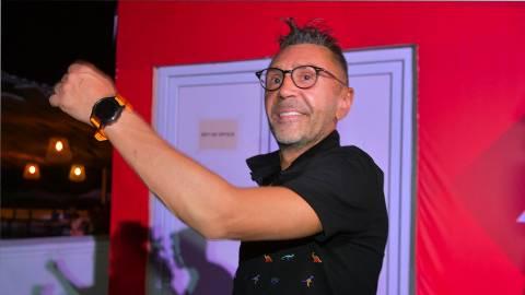 Шнуров ответил на обвинения продюсера Пригожина в уродовании молодежи