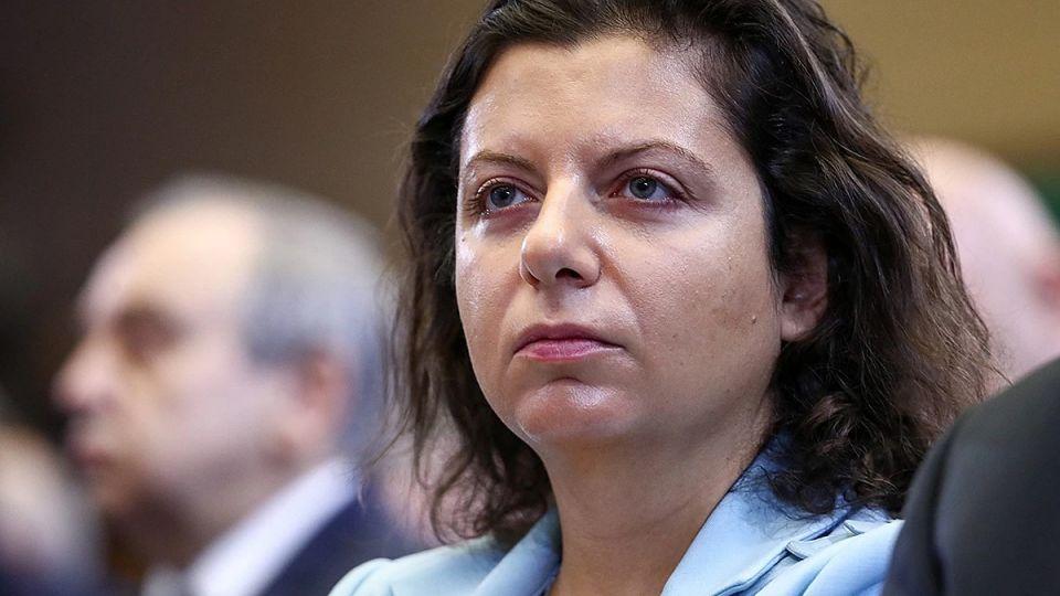 Симоньян посоветовала армянам отрезать себе языки за критику России