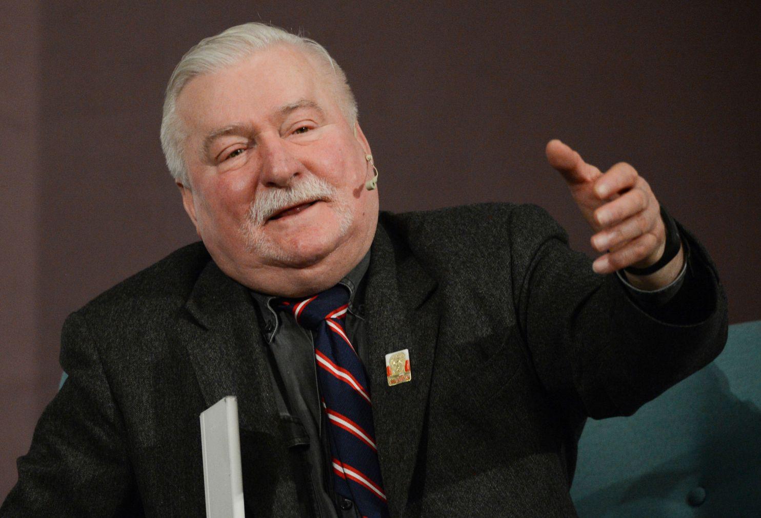 Валенса заявил, что на ссорах России и Польши зарабатывает Америка