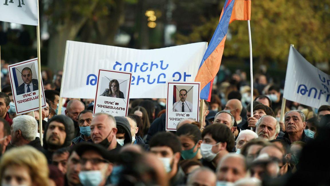 Высокопоставленный член партии Пашиняна ушел с поста после его заявлений